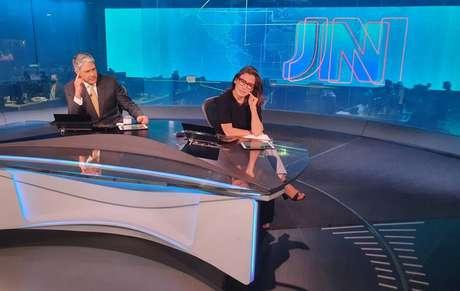 "Perfil do Jornal Nacional no Twitter repercurte o meme de Renata Vasconcellos: ""Alô técnica?"""