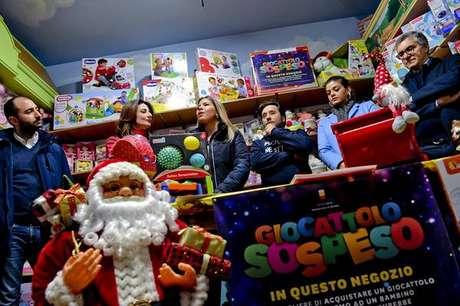 'Giocattolo sospeso' está em sua 5ª edição na cidade de Nápoles