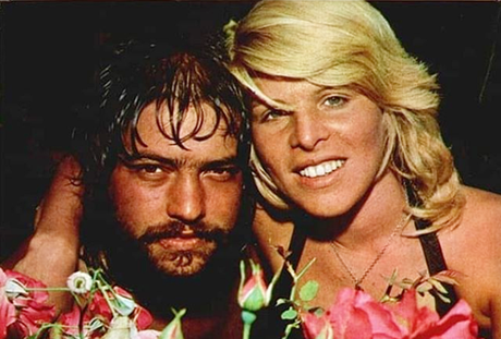 Bonitos, carismáticos e talentosos: os fãs tinham curiosidade voraz a respeito da vida íntima do casal Antonio Marcos e Vanusa