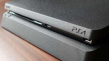 PlayStation 4 (Imagem: InspiredImages/Pixabay)