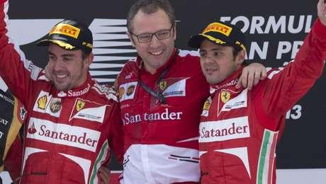 Domenicali no pódio com Alonso e Massa: último título da Ferrari foi com ele, em 2008