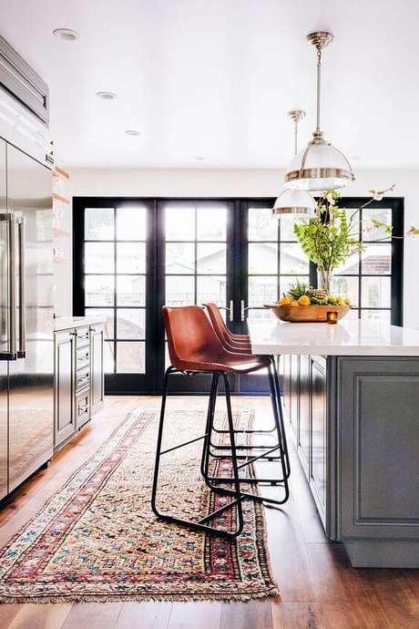 19. Passadeira na bancada da cozinha – Via: Pinterest