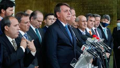 Bolsonaro após encontro com ministros e parlamentares em Brasília
