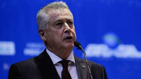 Ex-governador do Distrito Federal, Rodrigo Rollemberg, também participou da reunião