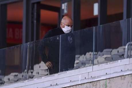 A presença do treinador , que estava suspenso, no duelo contra o Flamengo gerou a intervenção do Tribunal- (Divulgação/Mineirão/Agência i7)