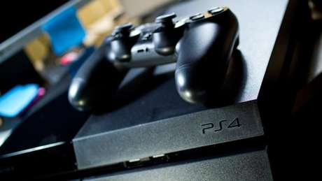 Playstation 4 (Imagem: Leon Terra / Flickr )