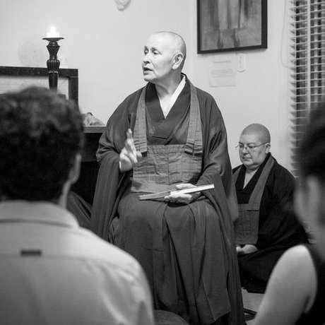 """""""A respiração consciente nos dá um eixo de equilíbrio para poder fazer o que estamos fazendo um pouco melhor, não para nos tirar da realidade e sim para nos deixar mais eficientes, conscientes e hábeis"""""""