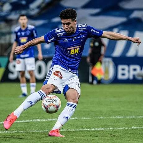 Marquinhos Gabriel ficou pouco tempo após retornar de empréstimo no Cruzeiro e seguirá sua carreira fora da Toca da Raposa-(Gustavo Aleixo/Cruzeiro)