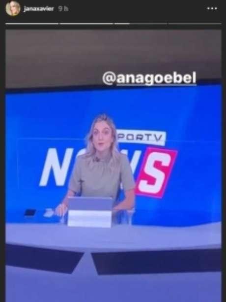 Janaína assistindo à Ana Helena Goebel (Foto: Reprodução/Instagram)