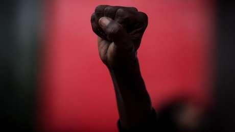 Manifestantes protestaram contra o homicídio de soldador negro em loja do Carrefour