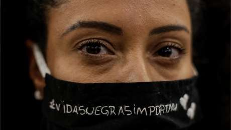 'Racismo é uma ideologia de exclusão', diz a antropóloga Marina Mello