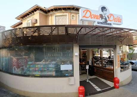 Unidade da padaria Dona Deôla onde agressões e xingamentos ocorreram, na Pompeia