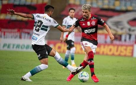 Arrascaeta foi o melhor em campo na vitória do Flamengo contra o Coritiba (Foto: Alexandre Vidal/Flamengo)