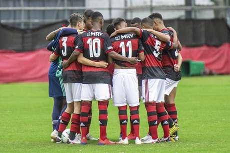 Flamengo venceu a Chape na Gávea (Foto: Marcelo Cortes/CRF)