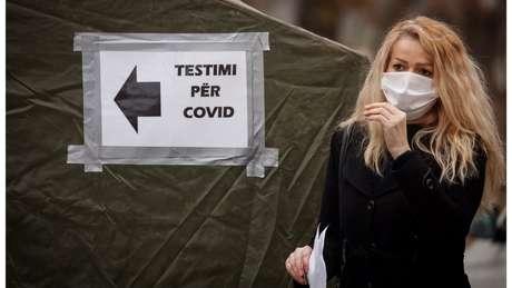 Coronavírus se tornou uma pandemia, alastrando-se pelo mundo