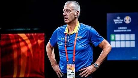 Aleksandar Petrovic, técnico da seleção masculina de basquete.