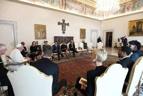 Papa Francisco se reúne com jogadores da NBA 23/11/2020 Mídia Vaticano/Divulgação via REUTERS