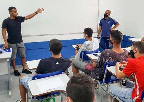 Recife conseguiu mais um triunfo e sua carreira no esporte: o diploma do ensino médio-(Rodolfo Rodrigues/Cruzeiro)