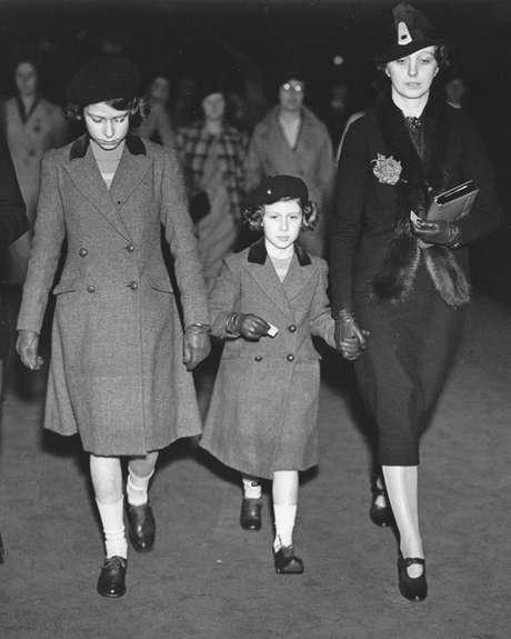 'Crawfie' era governanta das princesas Elizabeth e Margaret e apresentou a elas aspectos da vida cotidiana
