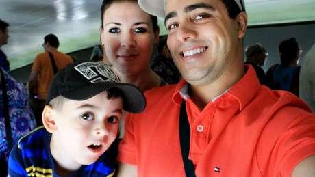 Matthew foi levado por sua mãe e seu padrasto para o território do Estado Islâmico quando ele tinha 8 anos