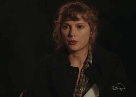 Além de tocar todas as músicas de 'Folklore', Taylor Swift também falará sobre o álbum em novo filme