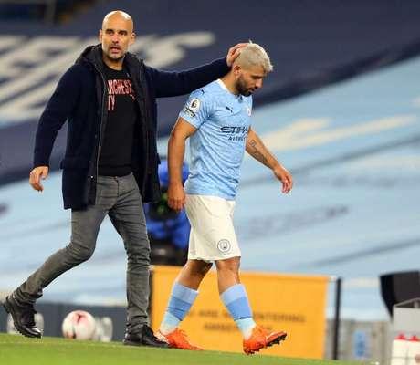 Agüero tem futuro indefinido e pode deixar o Manchester City ao final da temporada (Foto: ALEX LIVESEY/POOL/AFP)