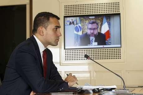 Di Maio conversou com Araújo por chamada de vídeo