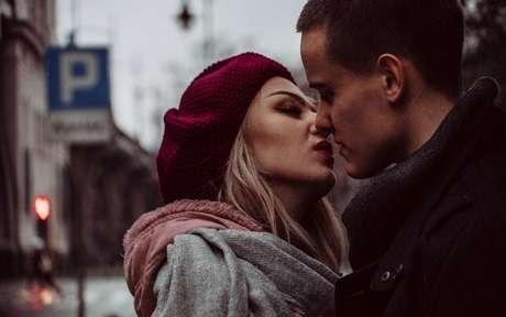 Descubra o beijo ideal para cada signo -
