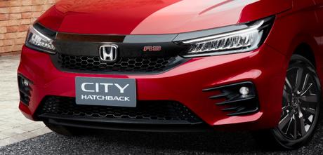 Versão RS é a topo de linha e traz visual mais esportivo.