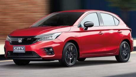 Honda City Hatch tem motor 1.0 turbo de 122 cv que faz 23,8 km/l de gasolina.