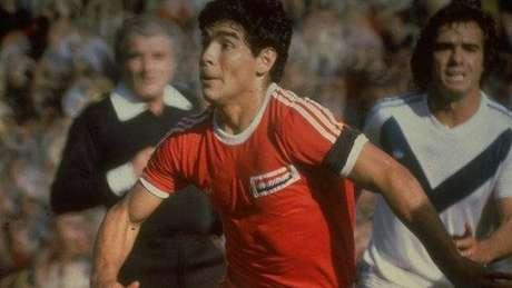 Maradona passou cinco anos no Argentinos Juniors antes de chegar ao Boca em 1981