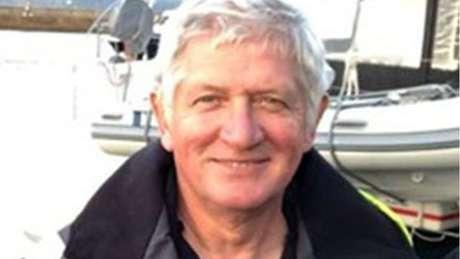 David Smith teve seu barco atacado por um grupo de orcas perto da costa portuguesa