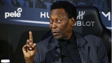 Para sociólogo, brasileiro não admite nenhuma comparação do Pelé com ninguém