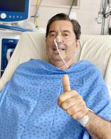 Maguito Vilela foi internado para tratar da covid-19 na reta final da campanha