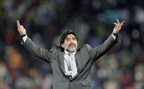 Diego Maradona durante partida entre Agentina e Nigéria pela Copa do Mundo de 2010 12/06/2010 Action Images / Andrew Boyers