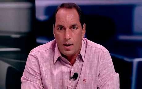 ANIMAL! Edmundo penderou as chuteiras, mas segue perto do mundo do futebol nos canais Fox Sports (Foto: Reprodução)
