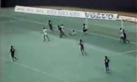 Fluminense e Barcelona se enfrentaram em 84 (Foto: Reprodução)