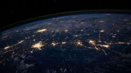 Luzes noturnas da Terra vistas do espaço