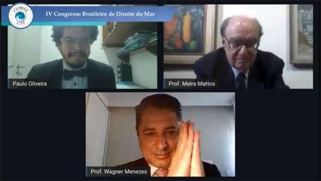 Professores Paulo Henrique Reis Oliveira, Adherbal Meira Mattos e Wagner Menezes participam da abertura do IV Congresso Brasileiro de Direito do Mar