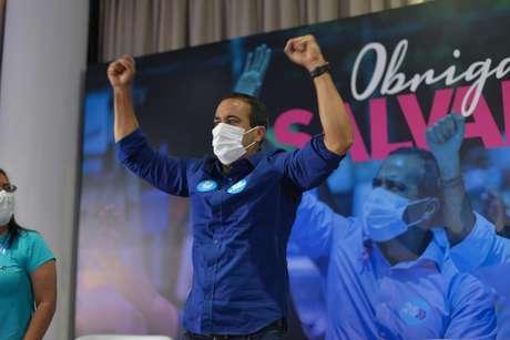 Bruno Reis durante discurso da vitória