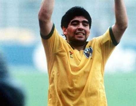 O saudoso Maradona ficou no campo das especulações do futebol brasileiro (Reprodução)