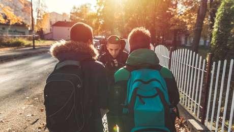 Há vários fatores que deixam uma criança mais propensa a praticar bullying