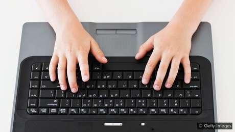O cyberbullying está fazendo com que alguns pesquisadores repensem a definição de bullying
