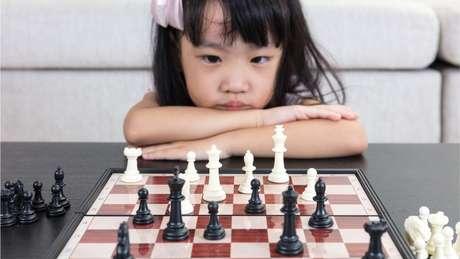 Reter jovens jogadoras parece ser um desafio particular para programas e federações de xadrez