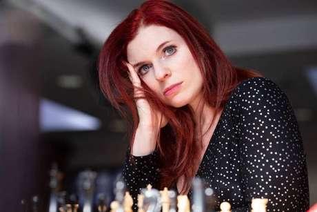 Ex-campeã americana Jennifer Shahade diz que participação de meninas e mulheres jovens no xadrez tende a diminuir à medida que envelhecem