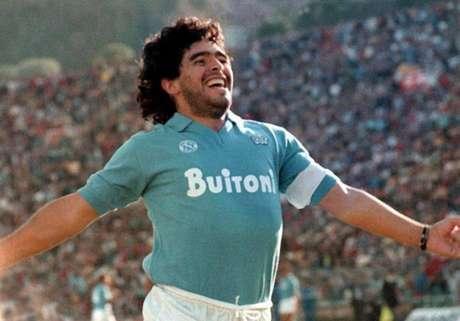 Maradona é o maior ídolo do Napoli - (Foto: Reprodução de internet)