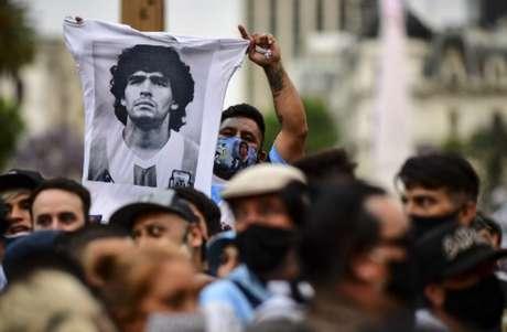 Polícia investiga morte de Maradona - RONALDO SCHEMIDT / AFP