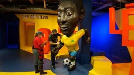 Homenagem e luto por Maradona (Foto: José Mota/Museu do Futebol)