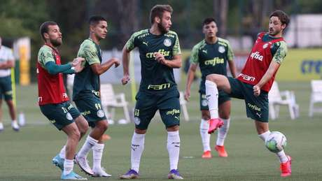 Além de Viña, Empereur e outros atletas retornaram aos treinos nesta sexta-feira (27) (Foto: Cesar Greco/Palmeiras)