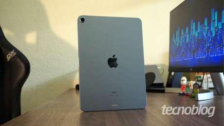 Novo iPad troca curvas por linhas retas (Imagem: André Fogaça/Tecnoblog)